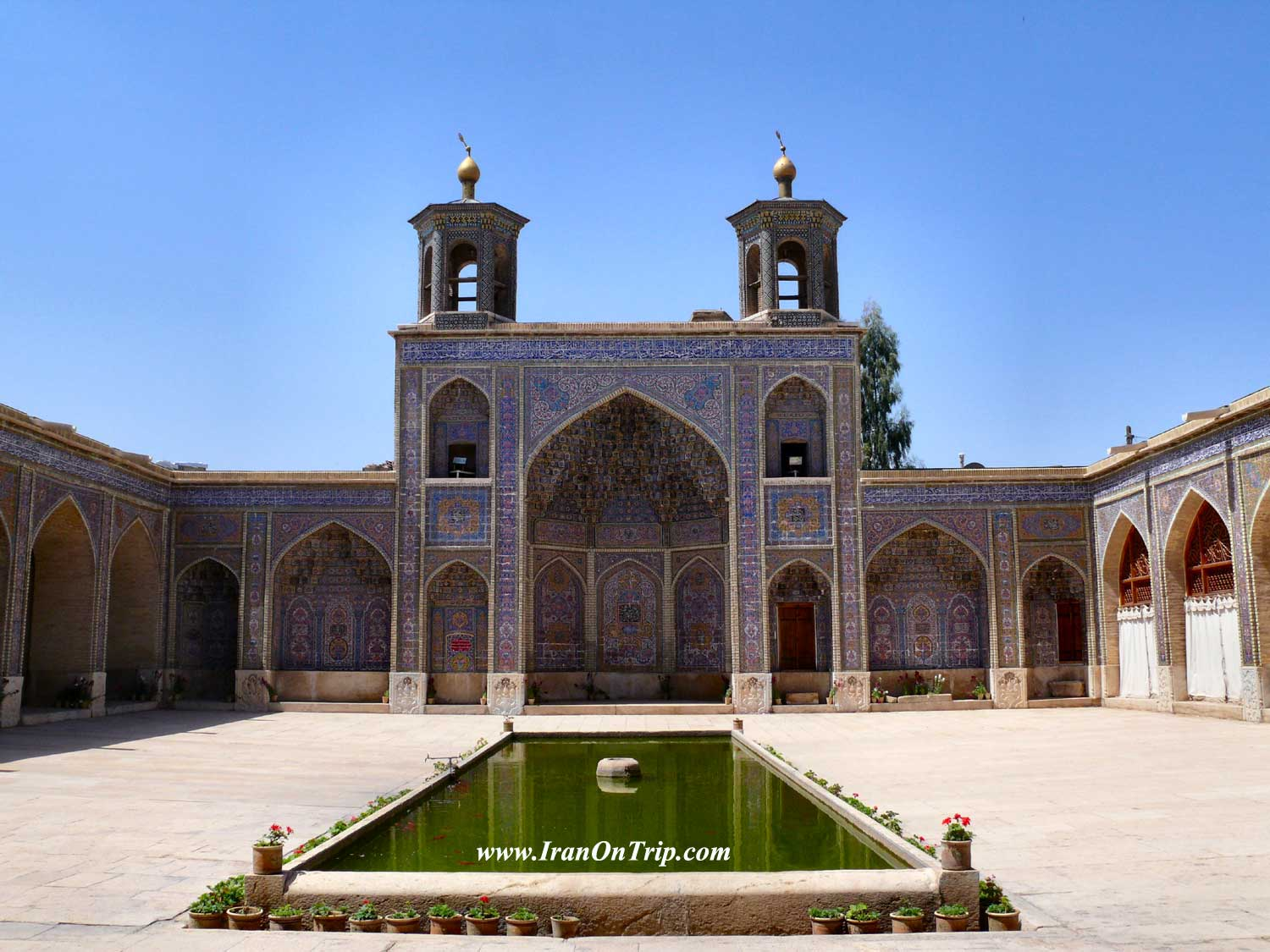 Nasirol Molk Mosque in Shiraz-Historical Mosques of Iran