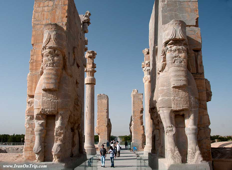 Gate of all nations persia-Persepolis